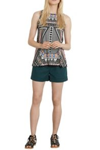 Placement Tribal Swing Vest