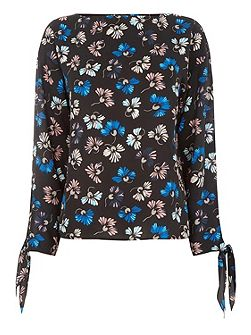 Dandy Flower Tie Sleeve Top.