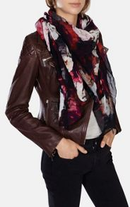 Placed Rose Print Scarf