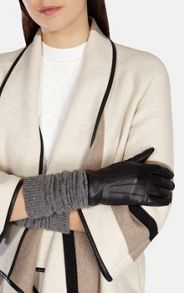 Knitted sleeve glove