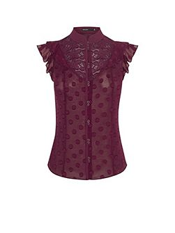 Victoriana Sleeveless Blouse