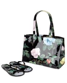 Vickay flip flops and shopper set