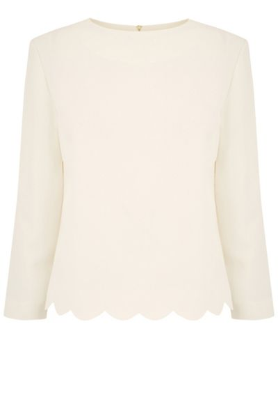 Oasis Scallop 3/4 Sleeve Top