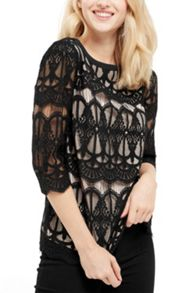 Oasis Deco Lace 3/4 Sleeve Tee