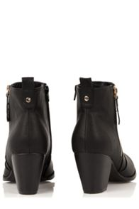 Oasis Abigail Ankle Boot