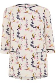 Oasis Lotus Bird Pocket Top