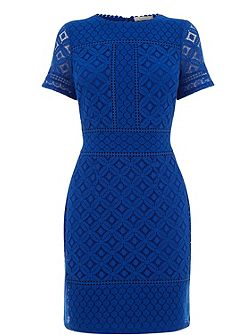 Isla Lace Shift Dress