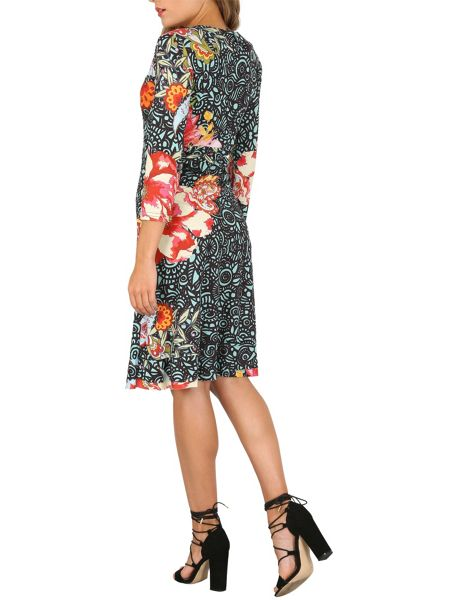 Izabel London Floral Patterned V-Neck Dress