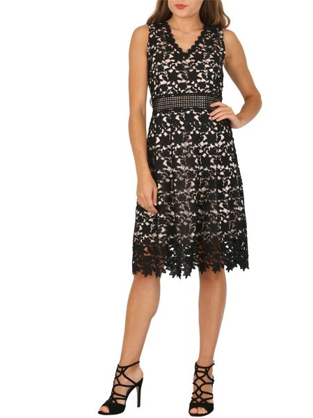 Izabel London Floral Chrochet Fit And Flare Dress