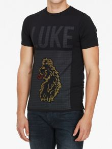 Luke 1977 Fronttosquareone graphic t-shirt