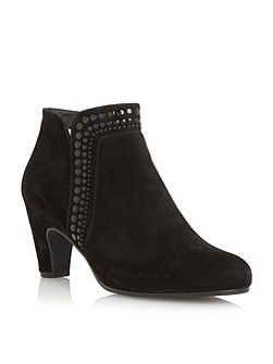 Provide studded ankle boots
