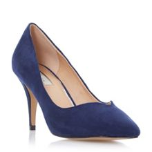 Aimi pointed toe mid heel court shoe