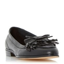 Guinevere leather tassel loafer
