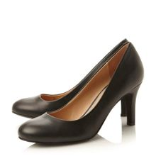 Aquarious round toe leather court shoes