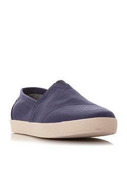 Avalon canvas shoes