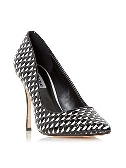Brooklyne weave detail court shoes