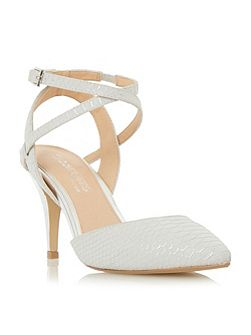 Celina snake print pointed courts