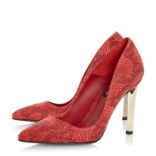Barcella metal heel court shoes