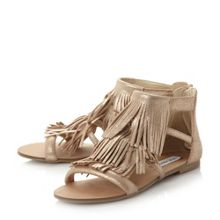 Steve Madden Favorit fringe flat sandals