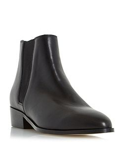 Pearce pointed toe leather chelsea boots