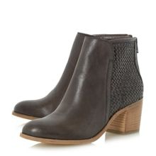 Quenbee woven deatil ankle boots