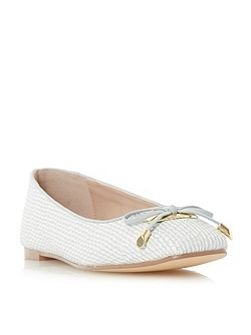 Heanda square toe bow trim ballerinas