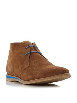 Colour desert boots