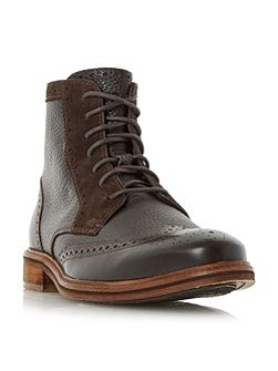 Hampton contrast grain brogue boots