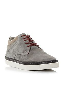 Hostle cupsole low top trainers