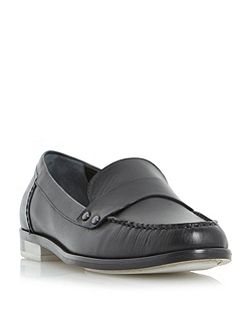 Giovani penny loafers