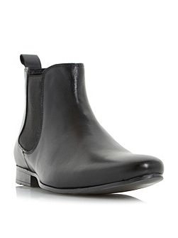 Mallards almond toe chelsea boots