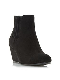 Ontaro wedge heel ankle boots