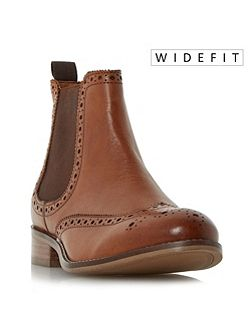 W quenton brogue chelsea boots