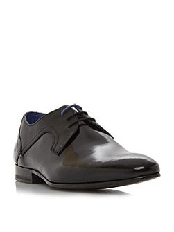 Pelton embossed panel derby shoe