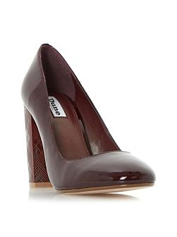 Anniston etched heel court shoes