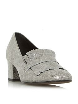 Argyll fringe block heel court shoes