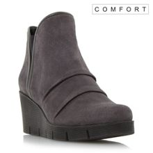 Linea Comfort Pachet ruched wedge boots