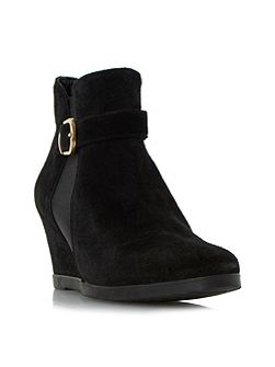 Ordlie trim wedge ankle boots