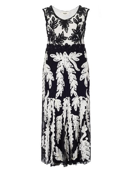 Studio 8 Plus Size Lizzie tapework maxi dress