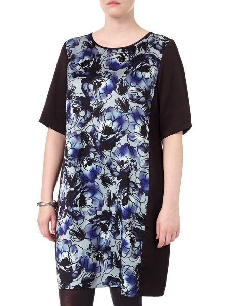 Studio 8 Plus Size Zamira photographic floral tunic