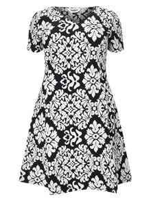 Studio 8 Anna contrast jacquard dress