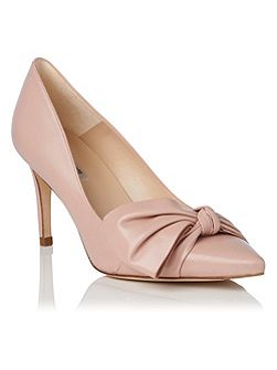 Caitlyn single sole court shoes