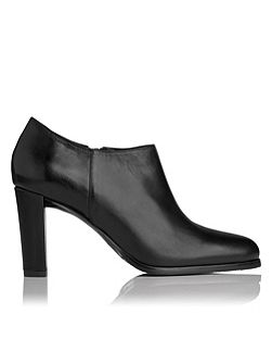 Leela ankle boots