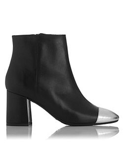 Wyatt ankle boots