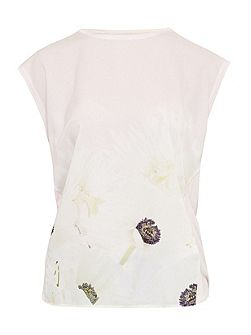 Frema Pearly Petal T-Shirt