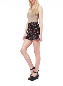 Miss Selfridge Red Floral Turn Up Short