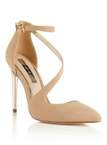 Miss Selfridge Glory Nude Court Shoe