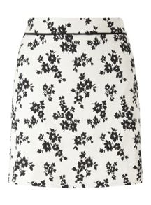 Miss Selfridge Mono Floral Jacquard Skirt