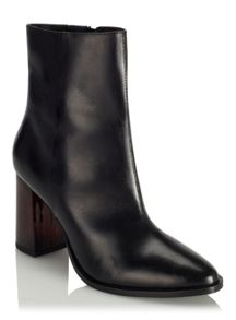 Miss Selfridge Angeli Point Heeled Boot