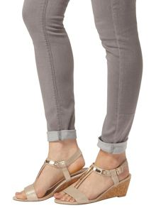 Dorothy Perkins Ventra` T Bar Wedges